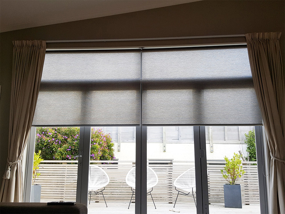 Light Filtering Roller Blinds Shoestring Decor Blinds